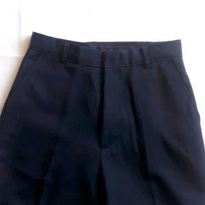 Navy sz. 16 Dress Pants